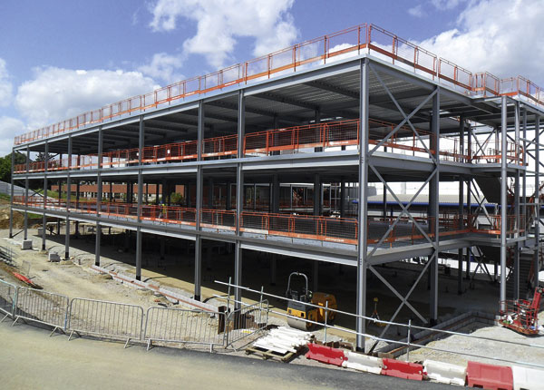 Steel frame quickens hospital extension | newsteelconstruction.com
