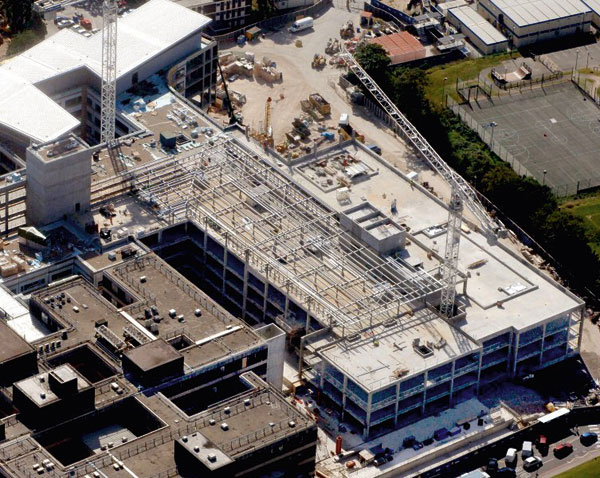 Galvanizing operation at new hospital