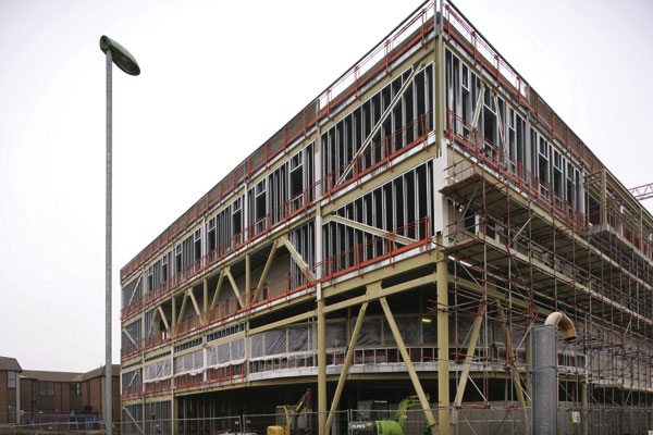 Hospital extension gets fast track construction with ...