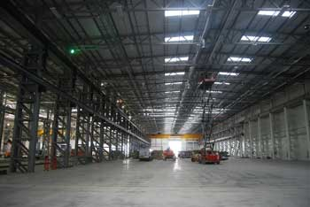 Clear open spans of up to 36m are vital for the manufacturing process