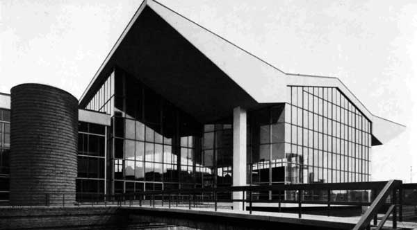 6d1f67ae4f 3. August 1966 These splendid new swimming baths are now in full operation:  a number of interesting design features are incorporated in the structure,  ...