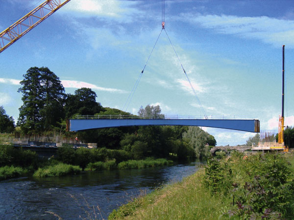 River Boyne spanned with steel
