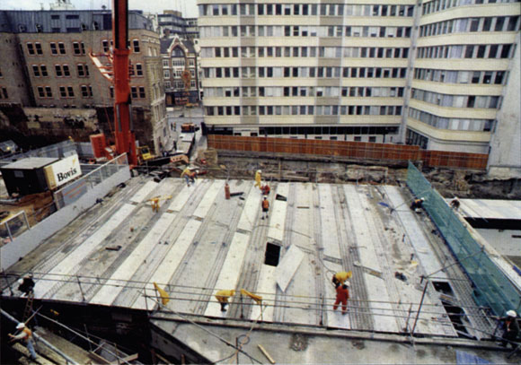 20 Years Ago: 250 tonnes of steelwork erected in 12 hours