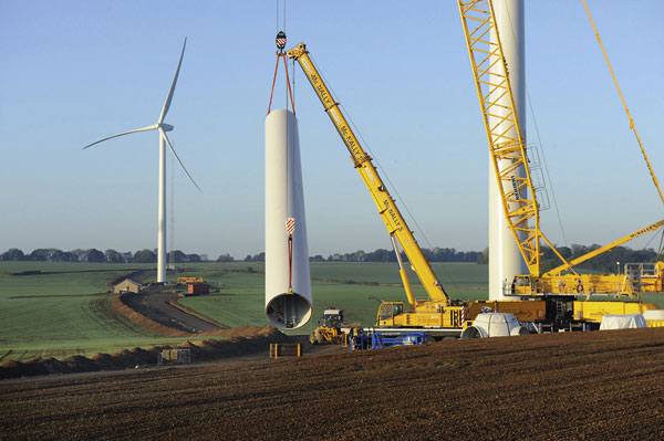 Landmark reached as Mabey installs first turbine towers