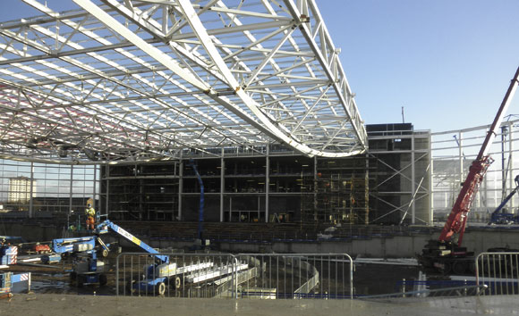 Feature trusses form sporting mecca