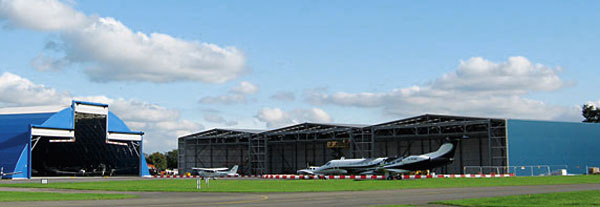 Steel design and construction for aircraft hangar