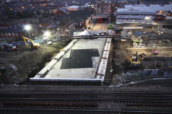 Bridge slide completed at Reading station