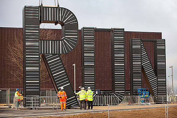 Steel sculpture goes for Olympic run