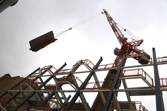 Fast cores aid on-site craneage