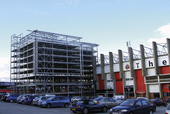 Steel hotel for historic football ground