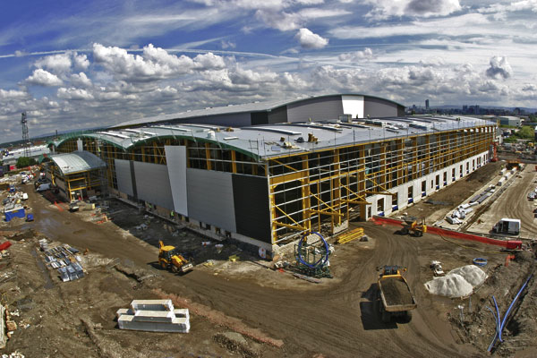 Differing bay heights at new distribution centre