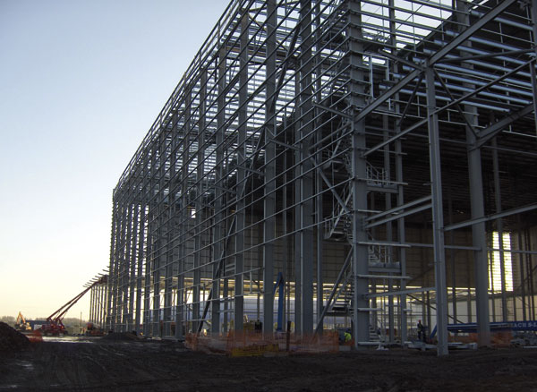 Retail expansion with steel