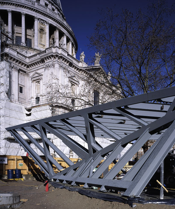 Quick construction was crucial for St Paul's kiosk