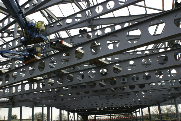 'Banana' trusses for Kettering campus