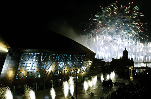 Judges sing praises of steel opera house