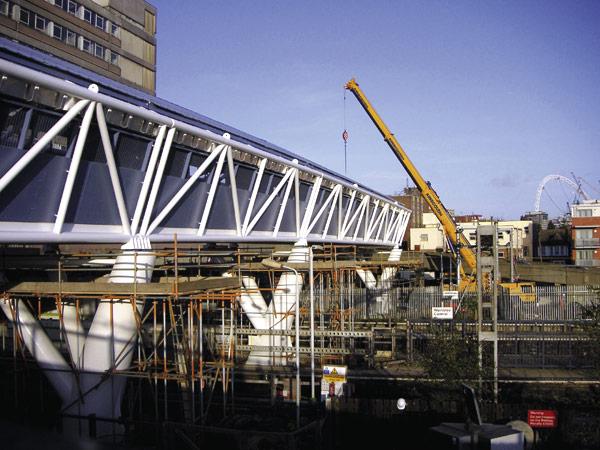 Kick-off for Wembley bridge