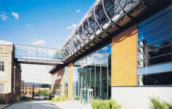 Oldham Gallery: Steelwork