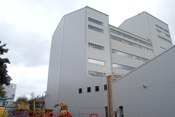Steel extension for film manufacturer