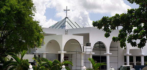 Steel supports Mauritian church