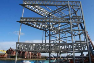 A temporary column supports a feature 9m cantilever and will be removed later in the programme