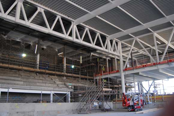 A large 15t truss forms the pool area