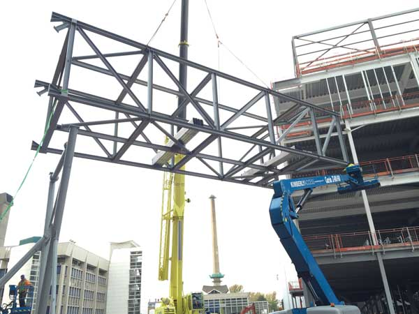 Clinical Services building up at Liverpool hospital scheme