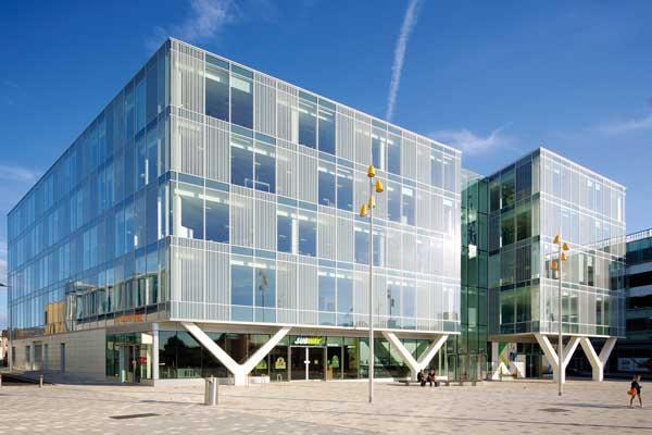 Feature columns support seaside development