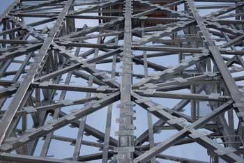 Interconnecting steel ladder frames form the flue stack