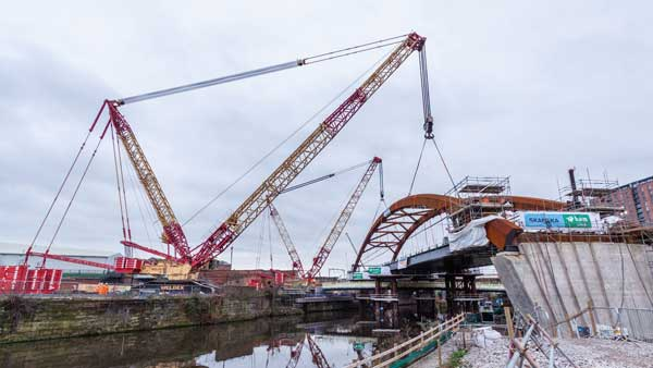 Severfield bridge lift completed on Ordsall Chord