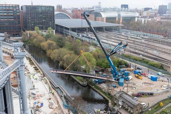 Bridge opens up King's Cross development