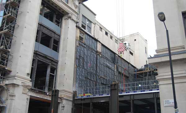 London department store shops for steel