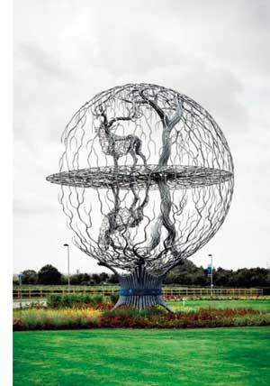 Majestic steel sculpture unveiled in Essex