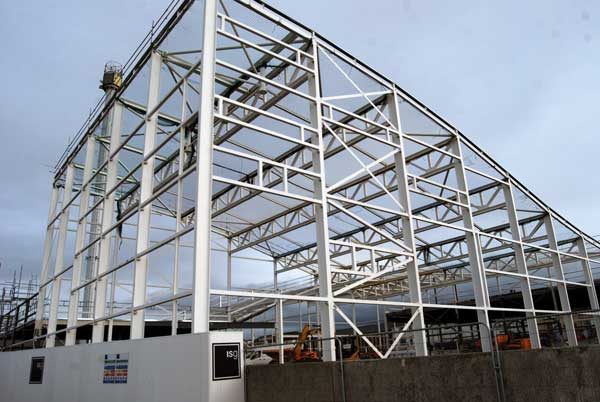 Steel up for North Wales water park