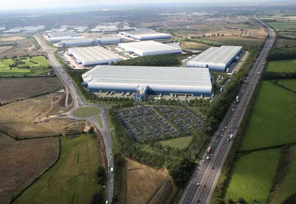 Distribution park expands with steel