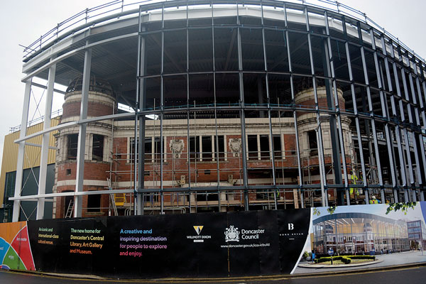 Steelwork completes at Doncaster cultural centre