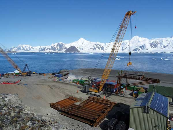 Installation begins for final steel sections of Antarctic wharf
