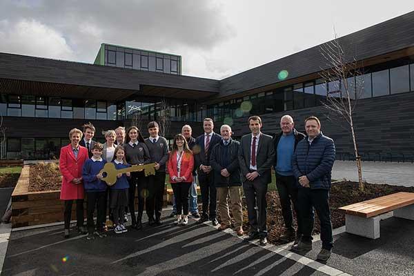 Keys handed over for steel-framed Borders school