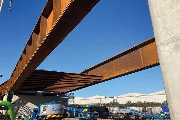 Steel viaduct for major east London rail extension