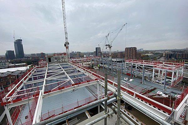 Steel up for top floor flexible spaces