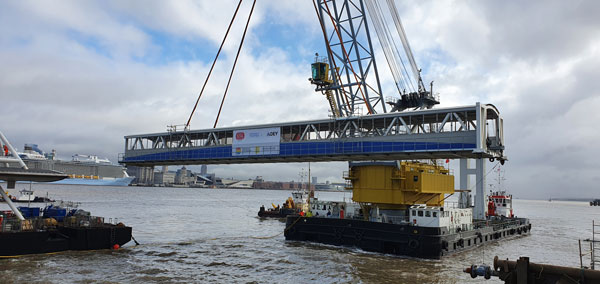 Steel link bridges arrive at Mersey Ferry terminal