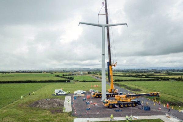 Balfour Beatty installs world's first T-pylons